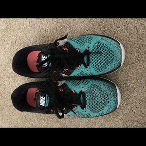 Nike multicolor knit sneakers